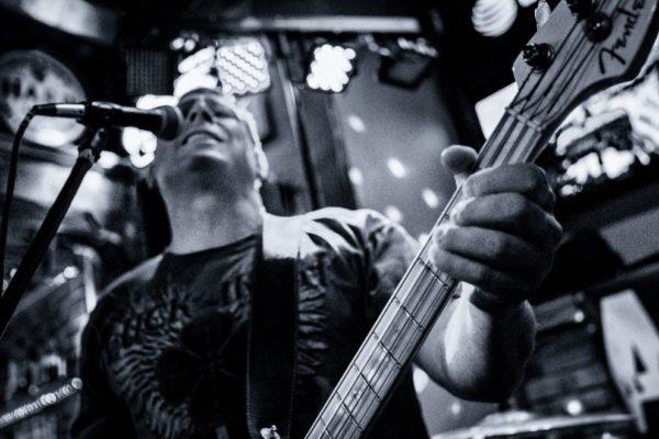 Band Live-15
